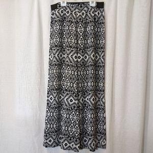 3 For $15 Xhileration Wide Leg Aztec Pants Sz M